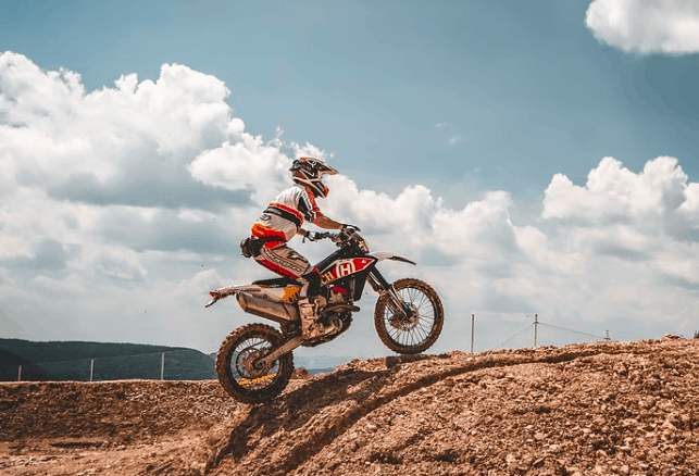 Dirt bike financing bad credit header image.