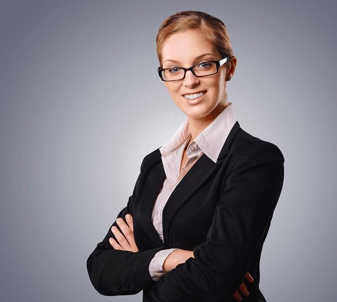 Woman offering $35000 loan now