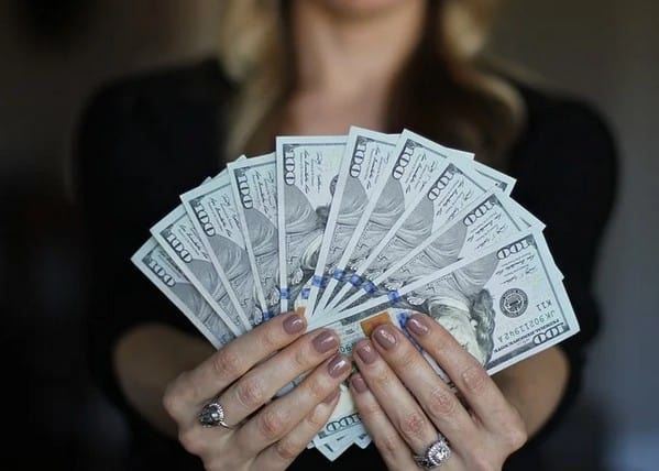 A woman with free money