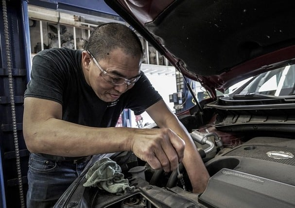 How To Pay For Auto Repair Header